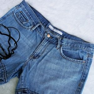 Old Navy 10 mid rise cuffed shorts med wash